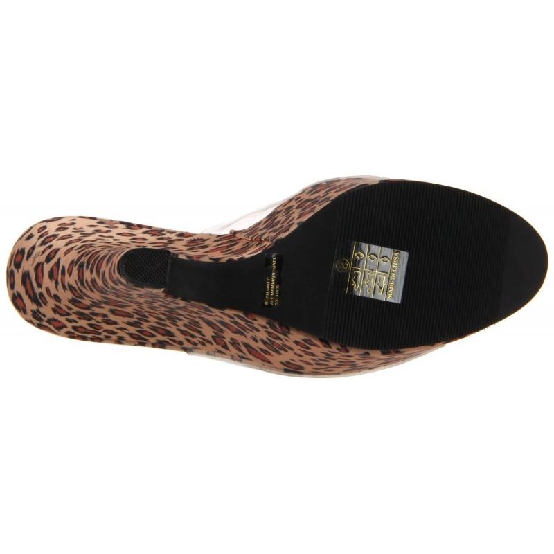 nouvelles chaussures en l opard talon compens. Black Bedroom Furniture Sets. Home Design Ideas