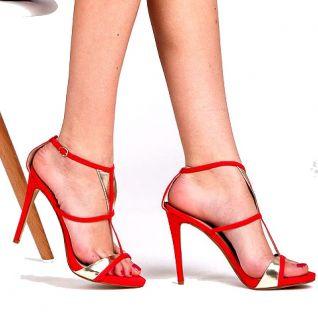 Sandales rouges fines lanières