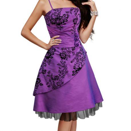 Robe à bretelles en satin violet vintage
