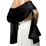 Châle habillé en satin noir