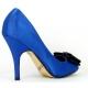 Escarpin d'Orsay à bout ouvert en satin bleu