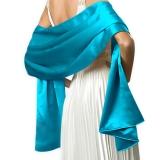 Châle long en satin turquoise