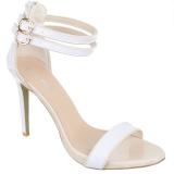 Nu-pieds blancs à brides