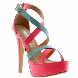 Sandales en vinyle rose et bleu