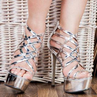 Sandales plateformes coloris argent