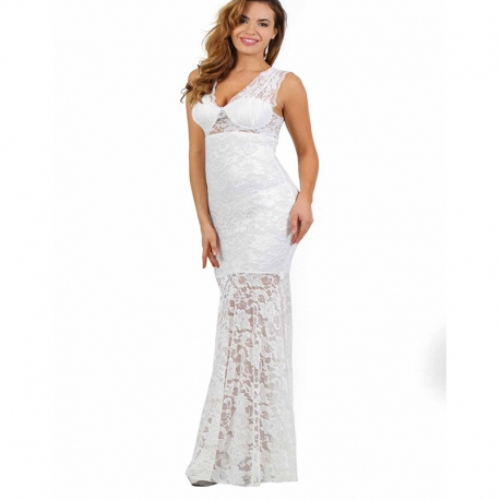 20264d542f8 Porter une robe longue blanche en dentelle ajourée